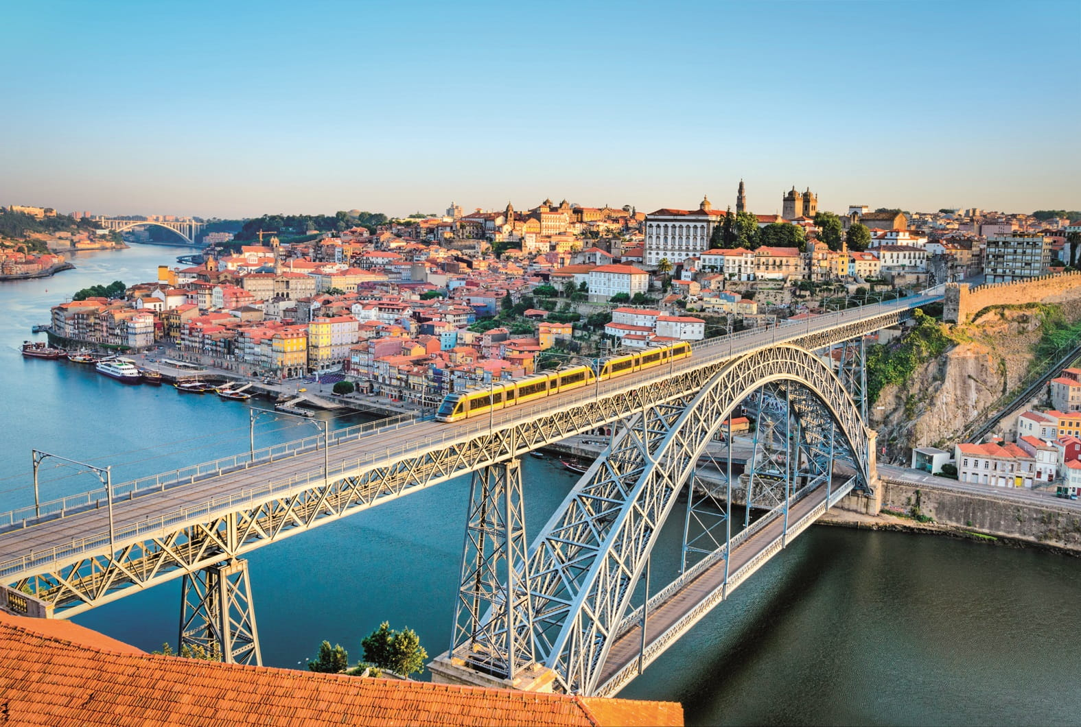 Railway bridge in Porto