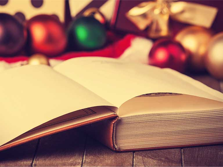 Grandchildren will love a festive tale this Christmas © Masson/Shutterstock