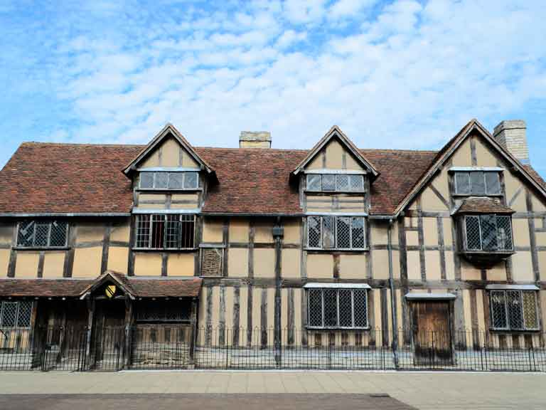 Shakespeare birthplace - Stratford upon Avon - 2016 literary anniversaries places to visit