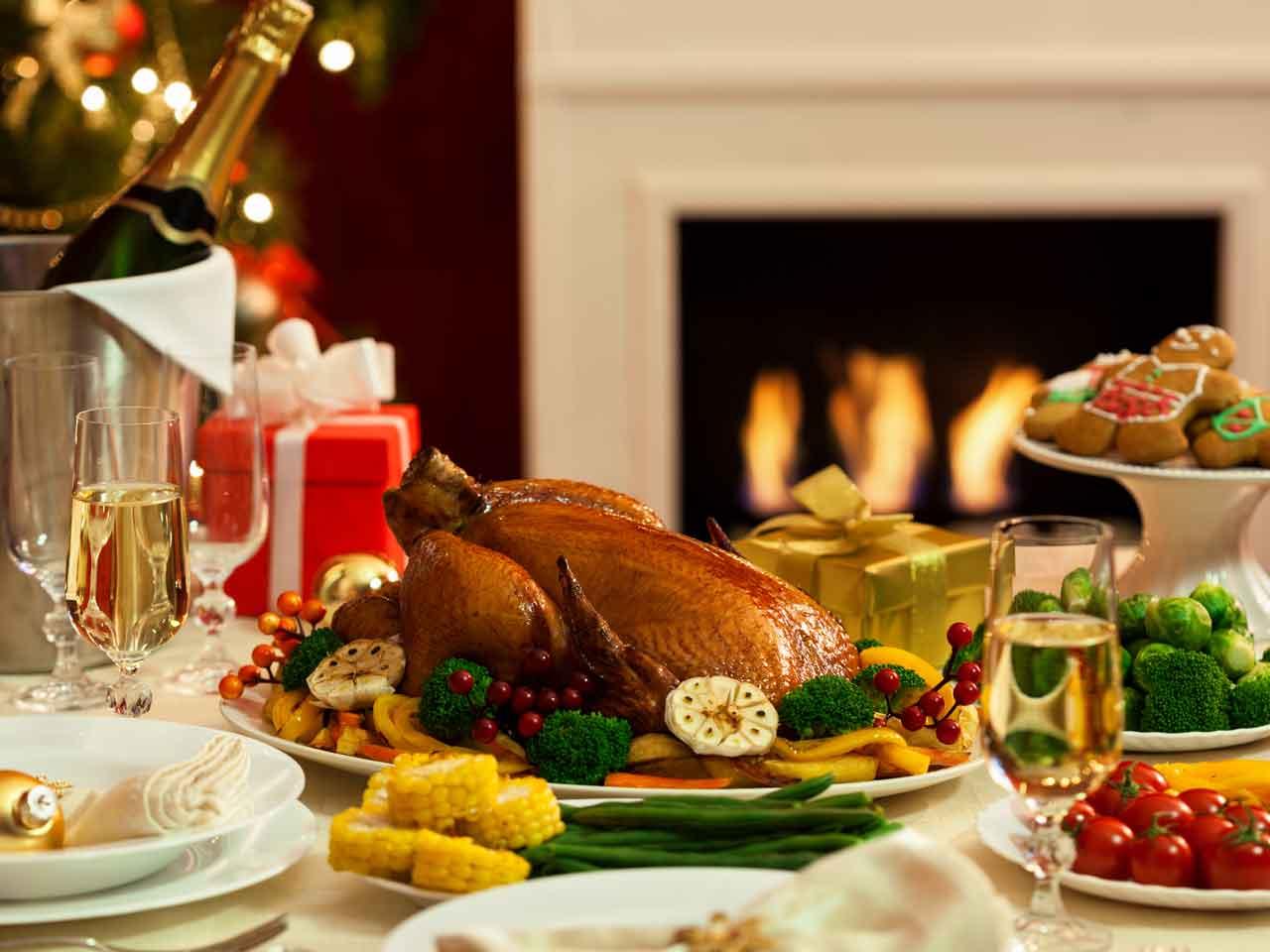 Christmas dinner planner saga for Restaurants open for christmas dinner