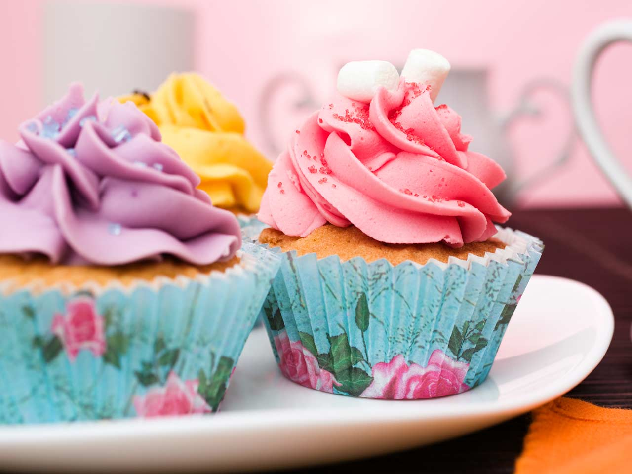 Basic cupcakes with buttercream icing