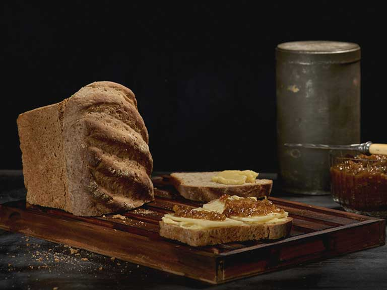 Rye and caraway sandwich loaf