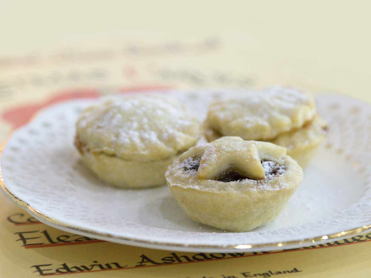 Classic mince pies