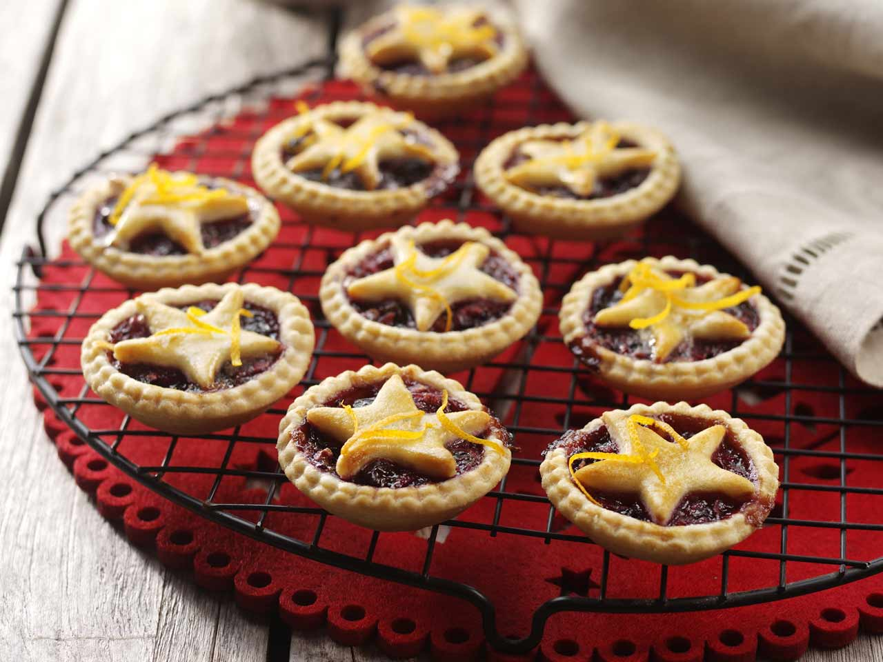 Blackcurrant and apple mince pies