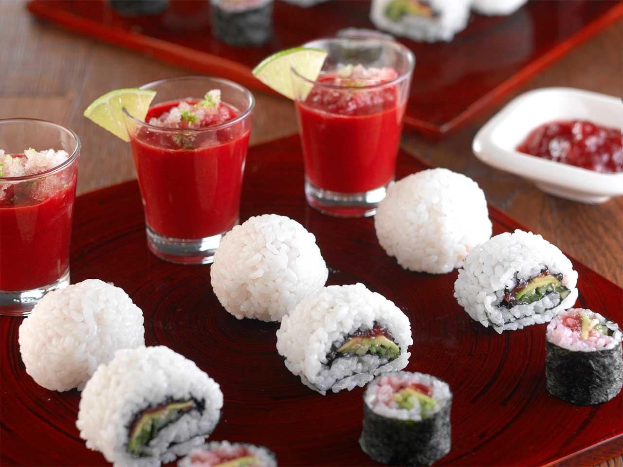 Seasonal vegetarian sushi