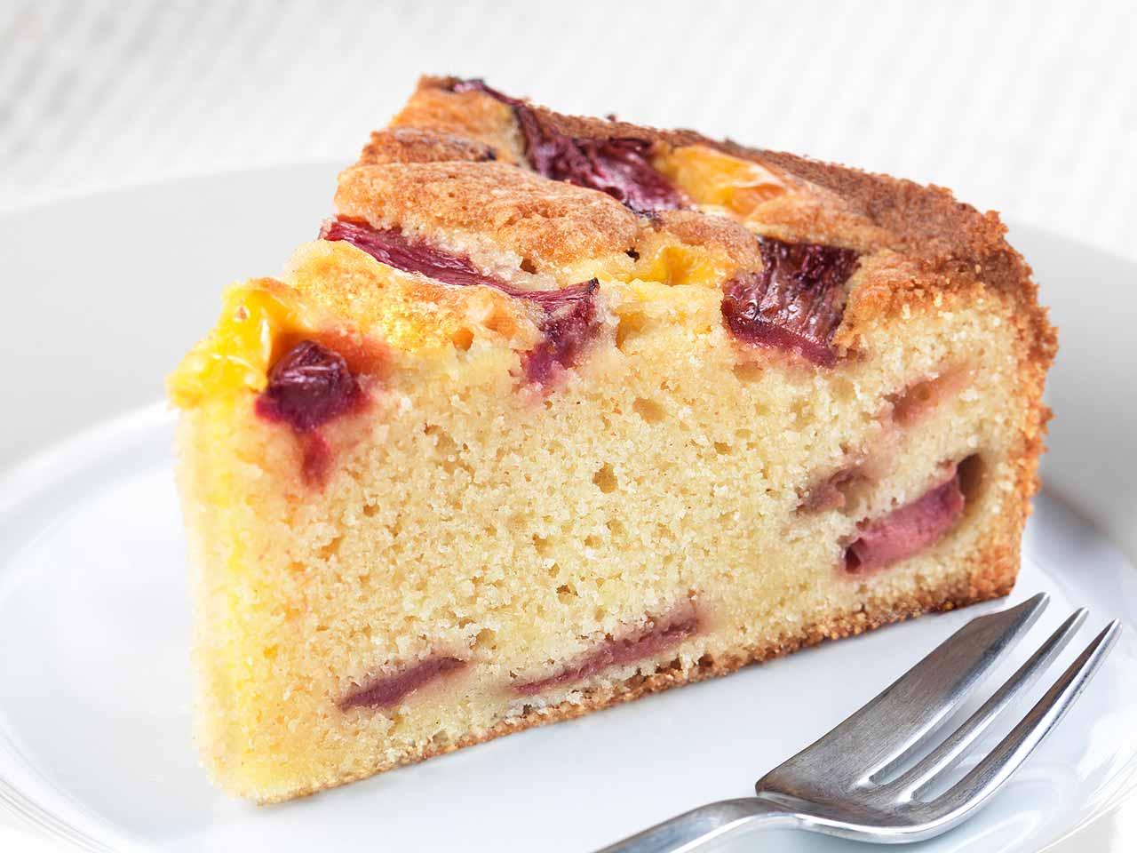 Rhubarb Custard Coffee Cake