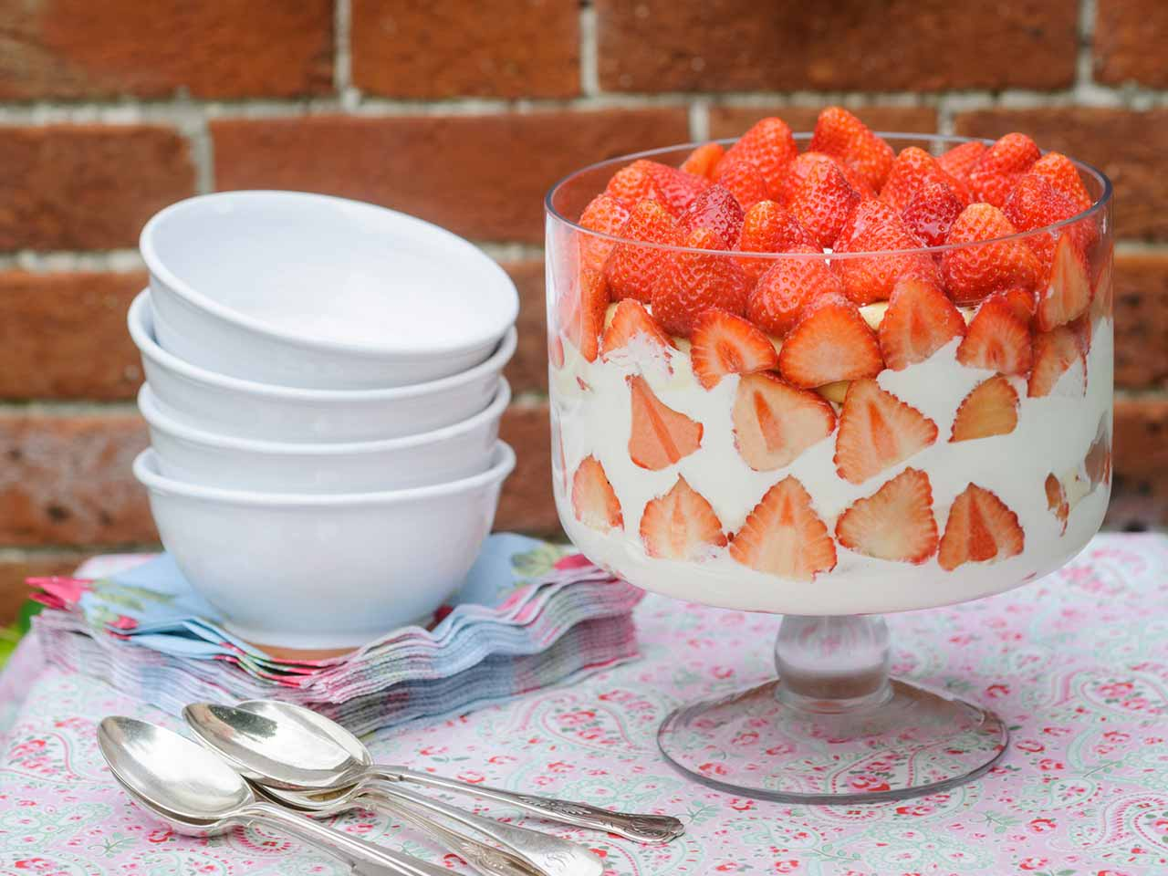 Sweet Eve strawberry trifle