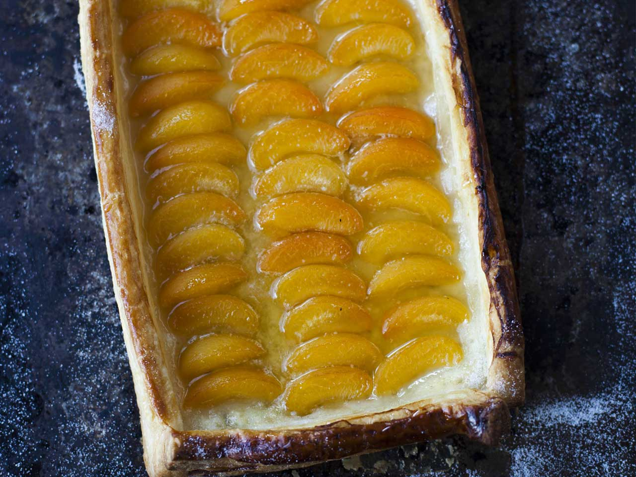 Apricot and honey tart
