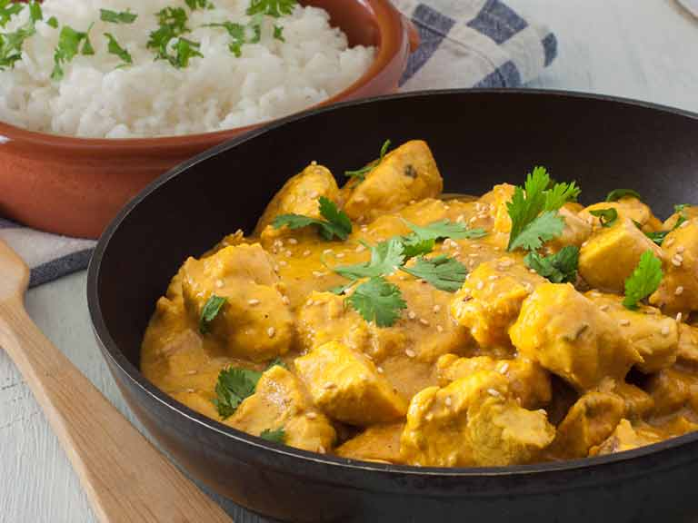 Chicken and coconut curry with mango and indian spices saga chicken and coconut curry forumfinder Choice Image