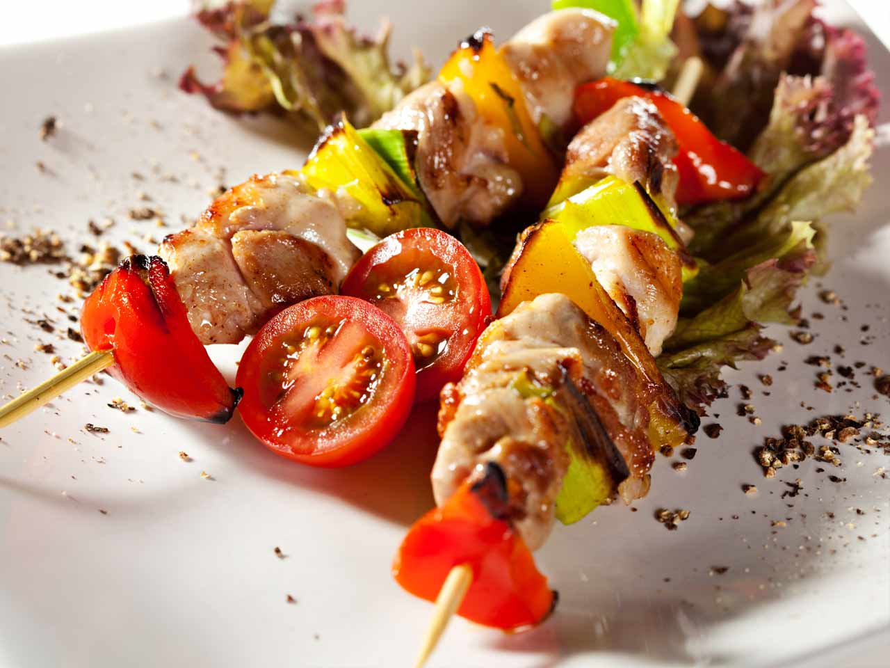 Chicken kebabs with pomegranate and honey glaze