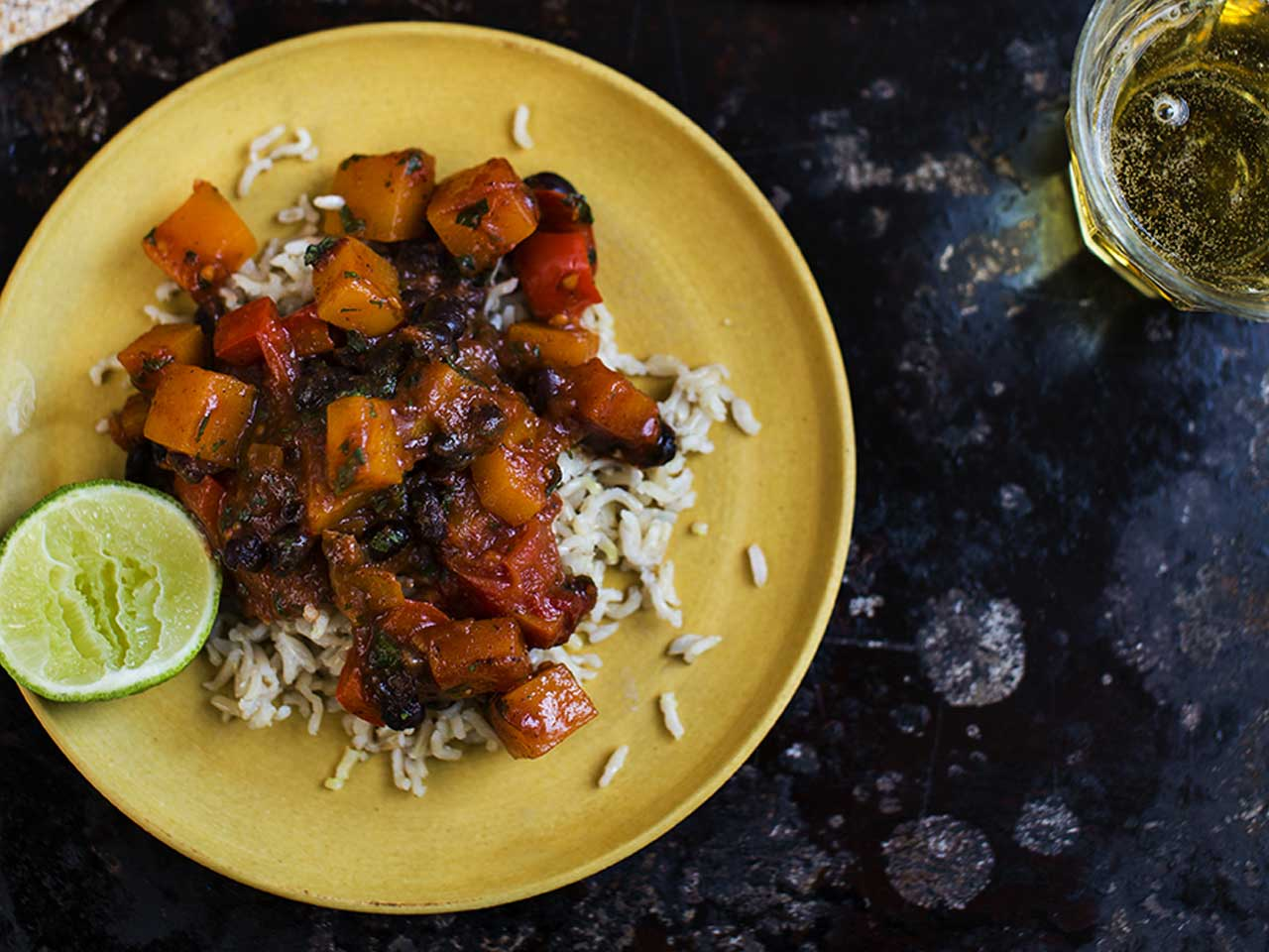 Quick black bean chilli
