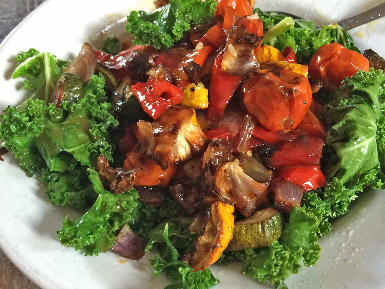 Stir-fried kale with mixed roasted vegetables - Saga