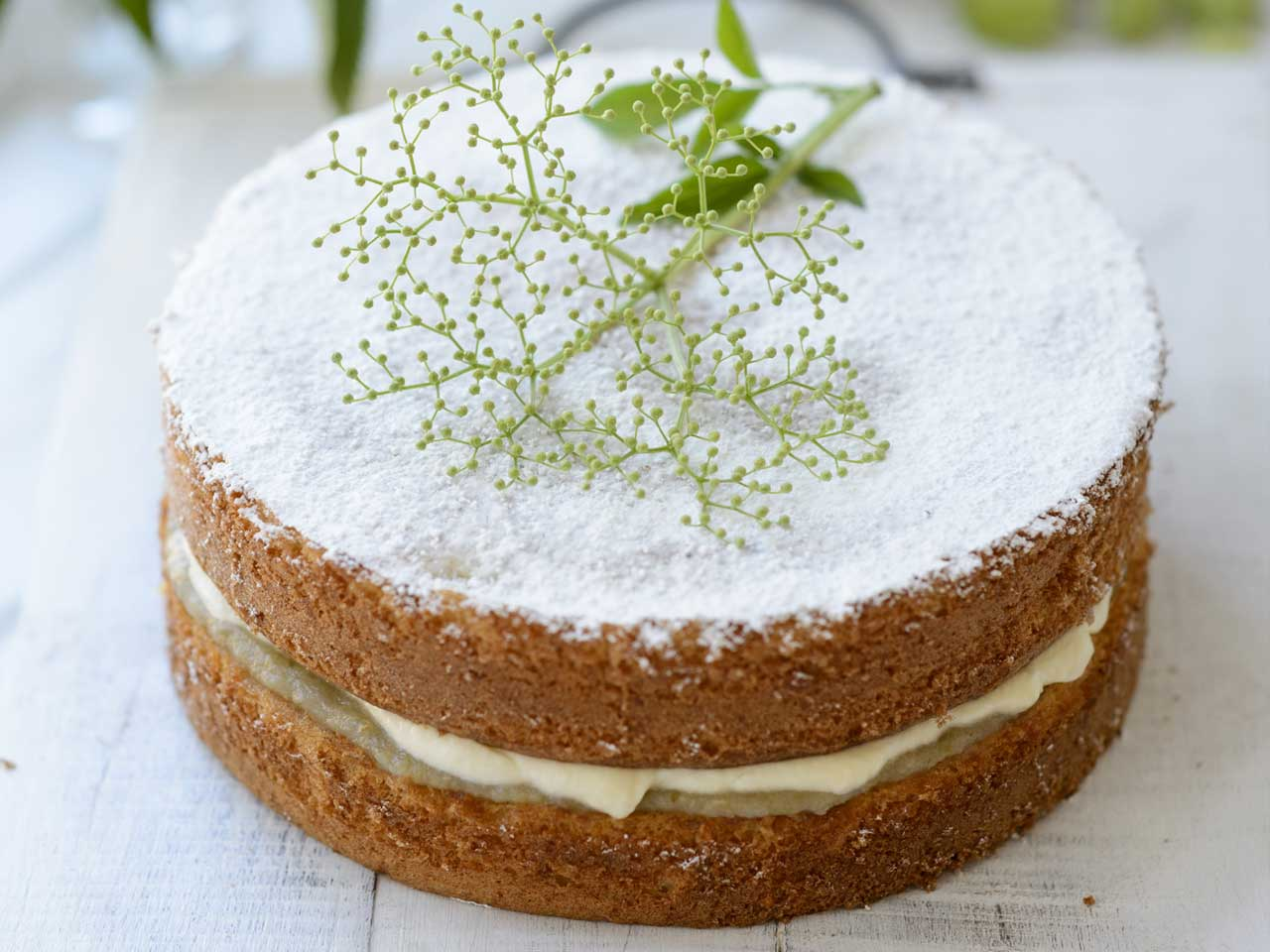 Gorgeous Cake Recipes Uk: Gooseberry And Elderflower Cake