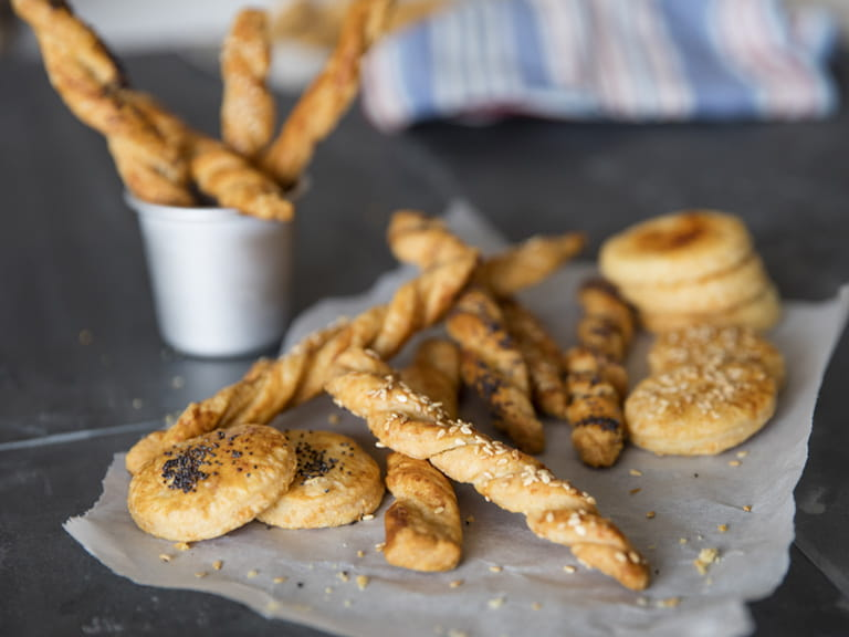Cheese straws and rounds