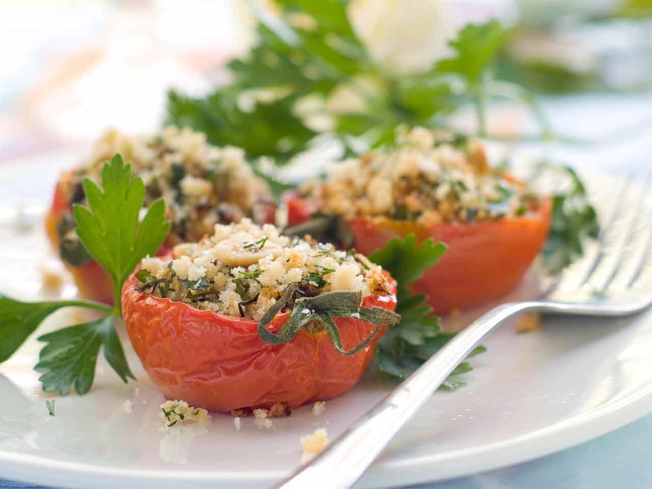 Provençale stuffed tomatoes