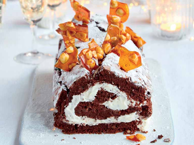 Mary Berry's chocolate and hazelnut roulade