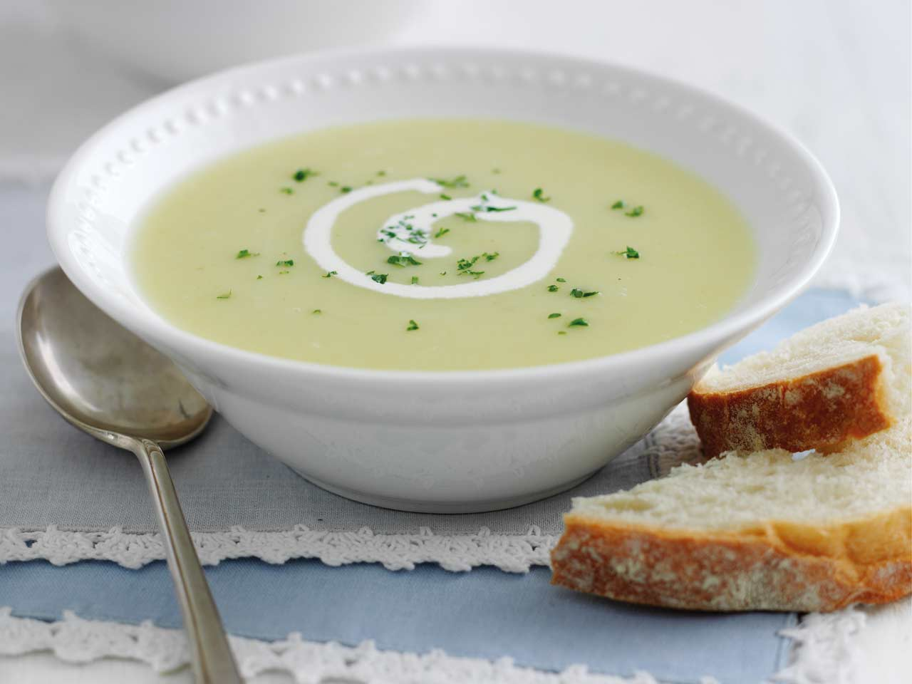 Mary Berry's leek and potato soup