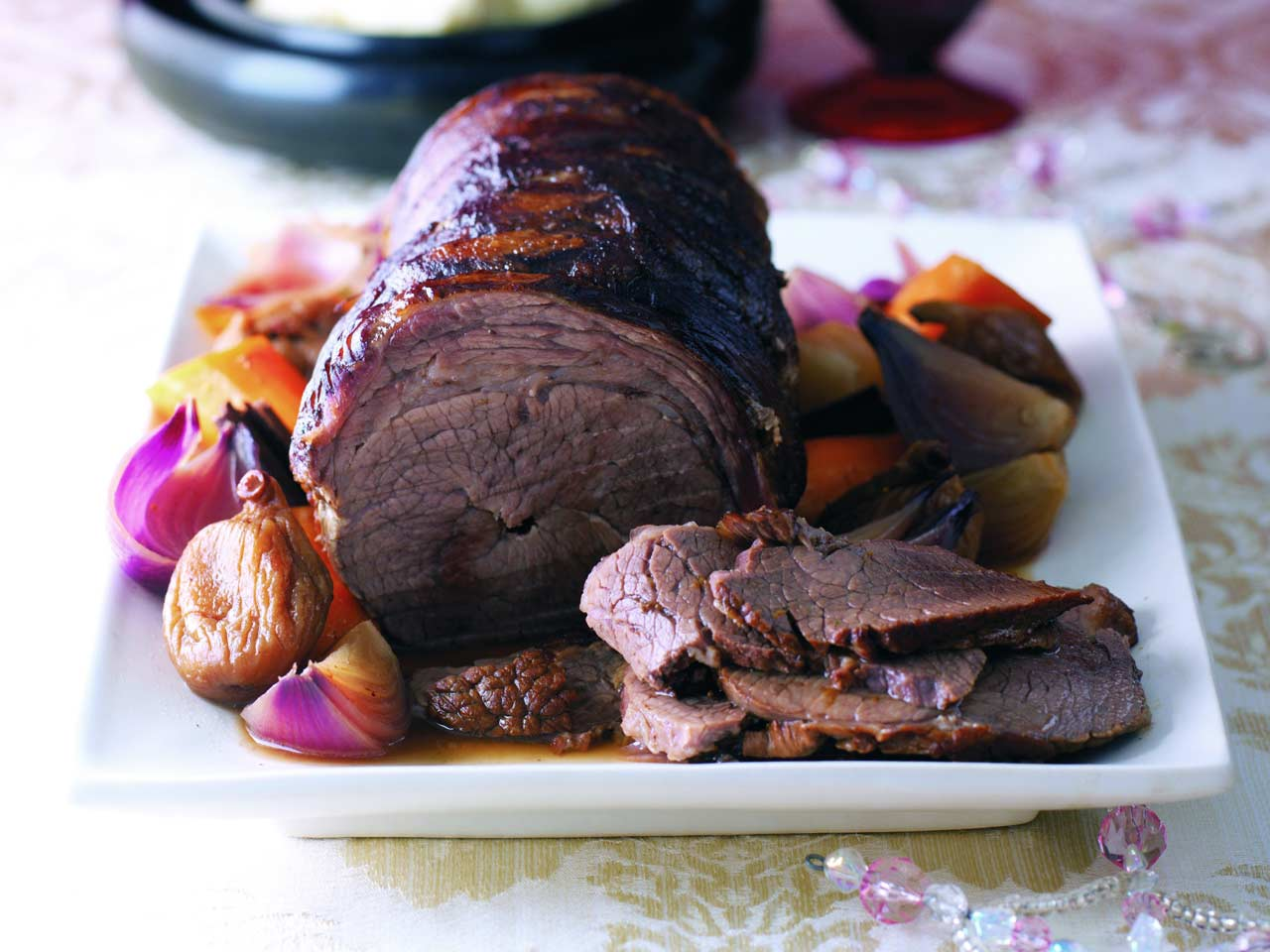 Pot roast brisket with Christmas spices - Saga