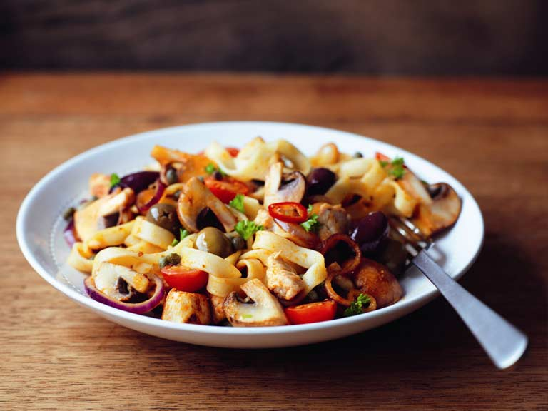 Chilli chicken and mushroom tagliatelle