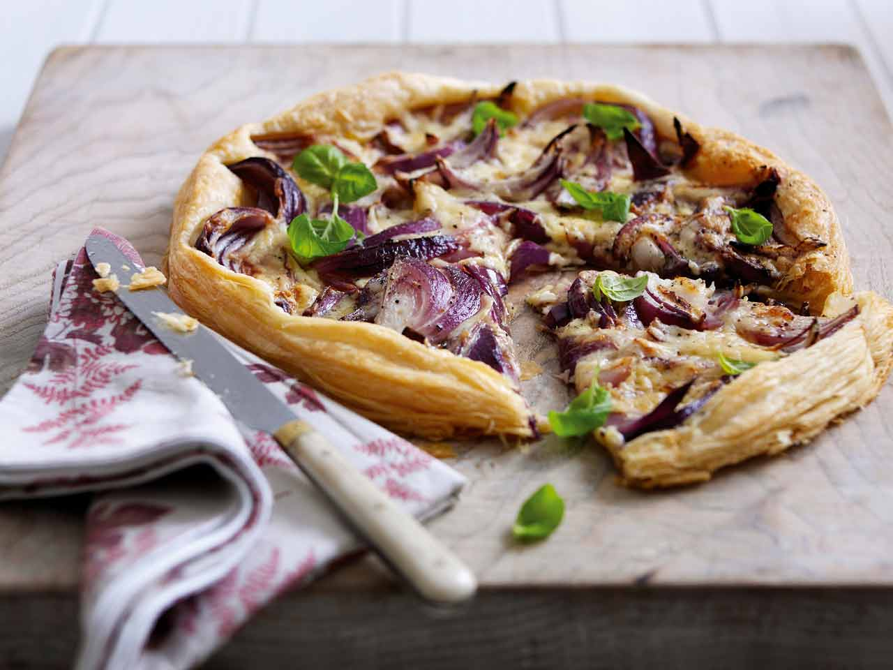 Cheddar and caramelised red onion tart