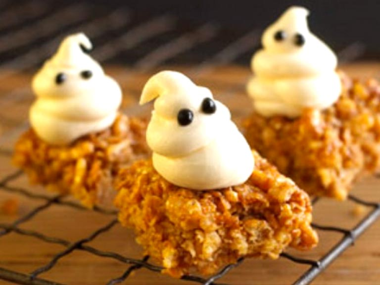 Ghostly mallow flapjacks