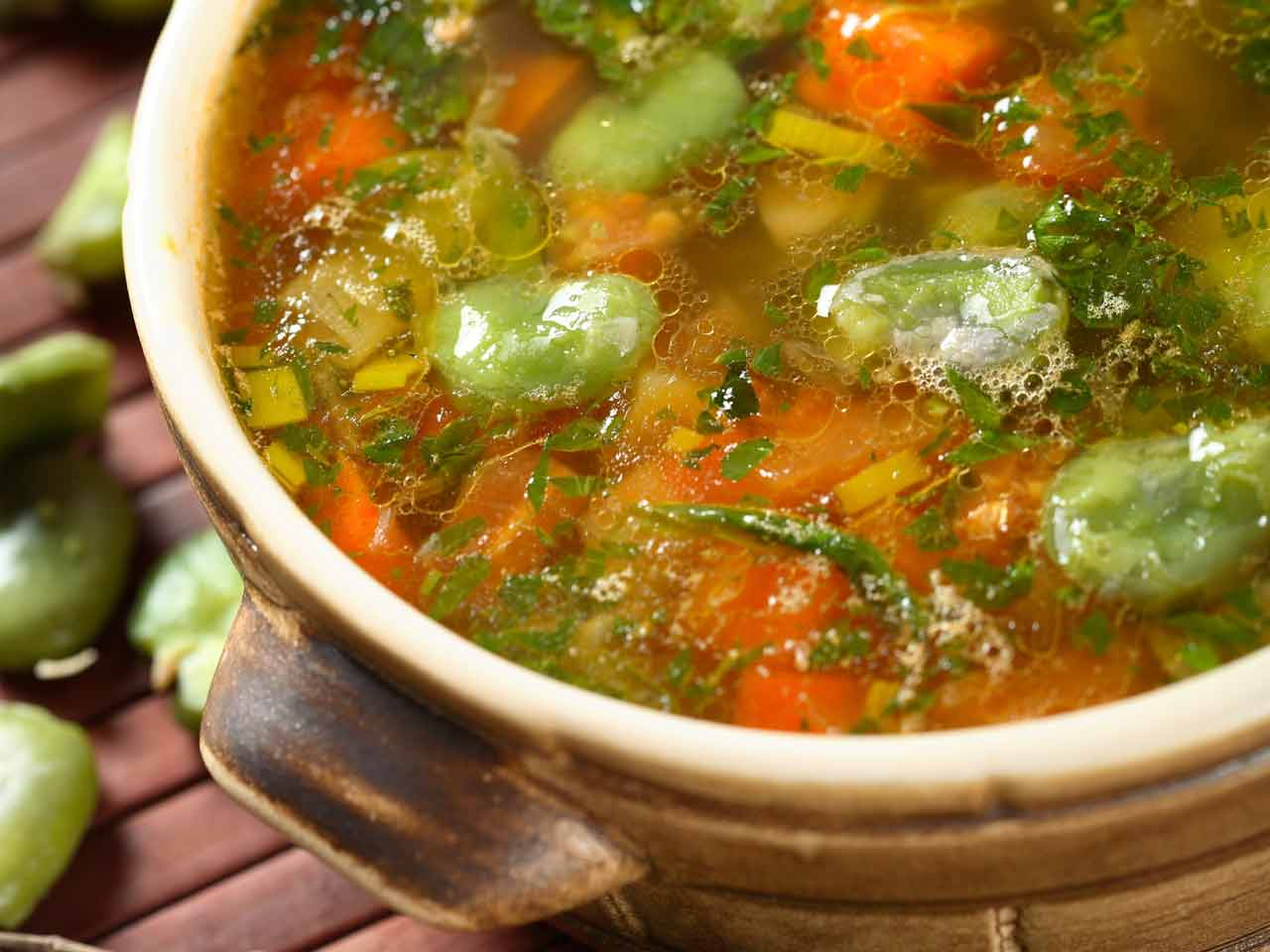 Vegetable and chervil soup