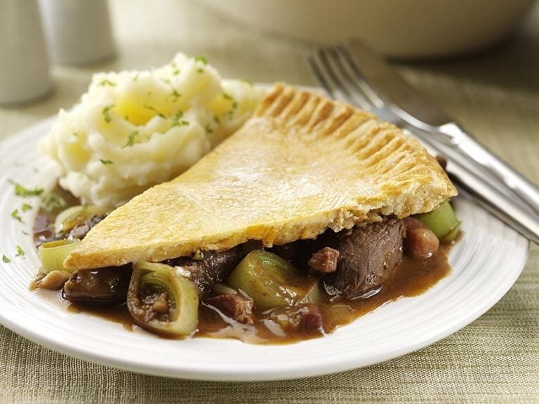 Leek, stewed venison and wild mushroom pie