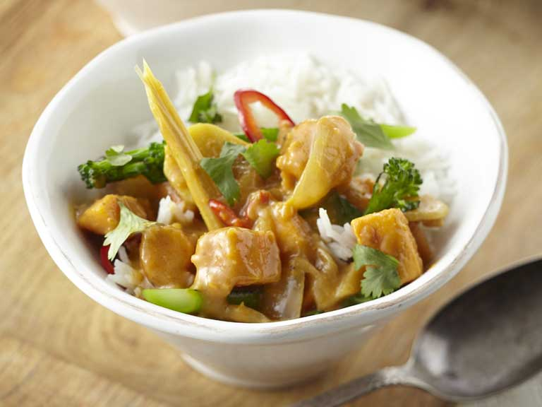 Spicy Thai sweet potato curry