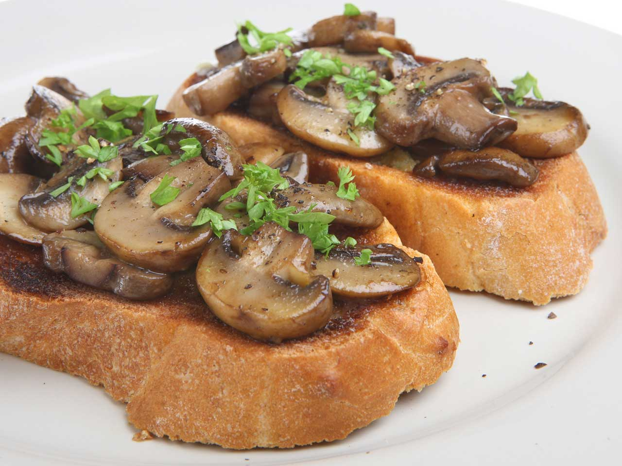 Creamy garlic mushrooms on toast