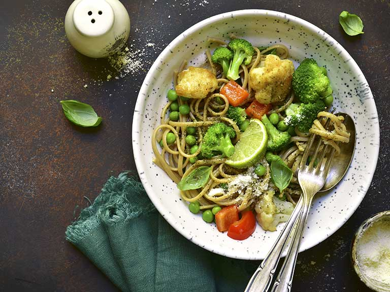 Healthy pasta dish with vegetables