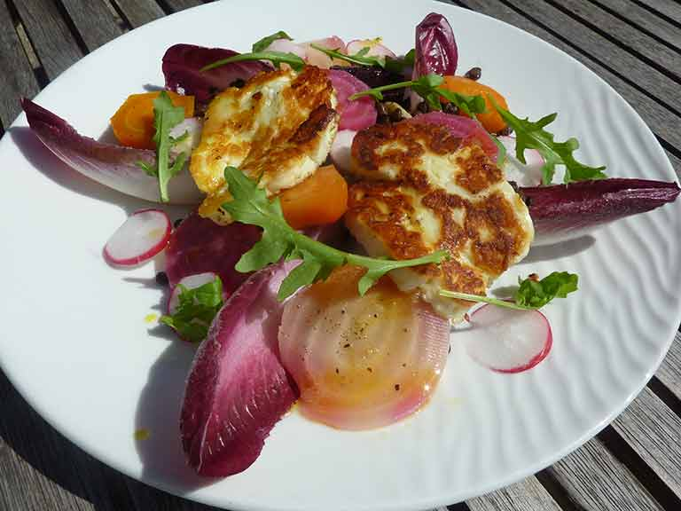 Judith's beetroot and halloumi salad