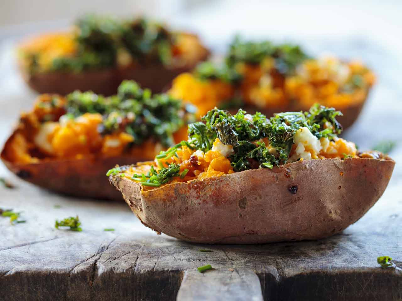 Baked sweet potato with crispy kale
