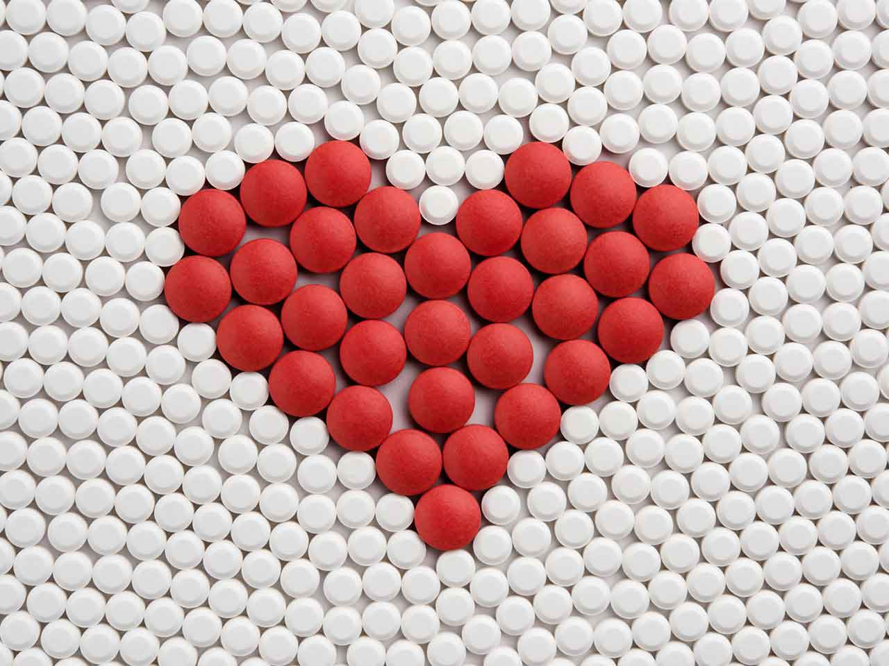 Heart pattern made out of tablets