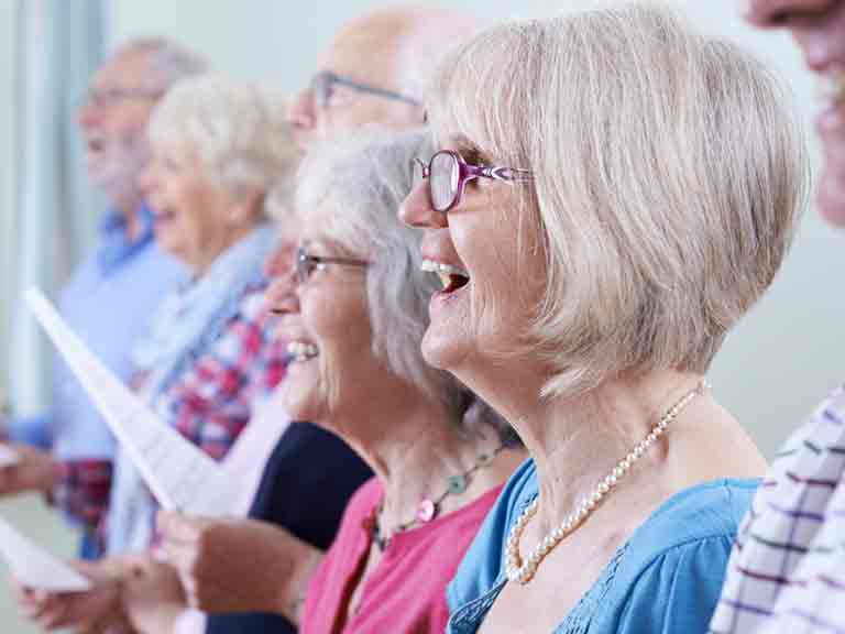 Studies show that singing in a choir can have a positive effect on health.