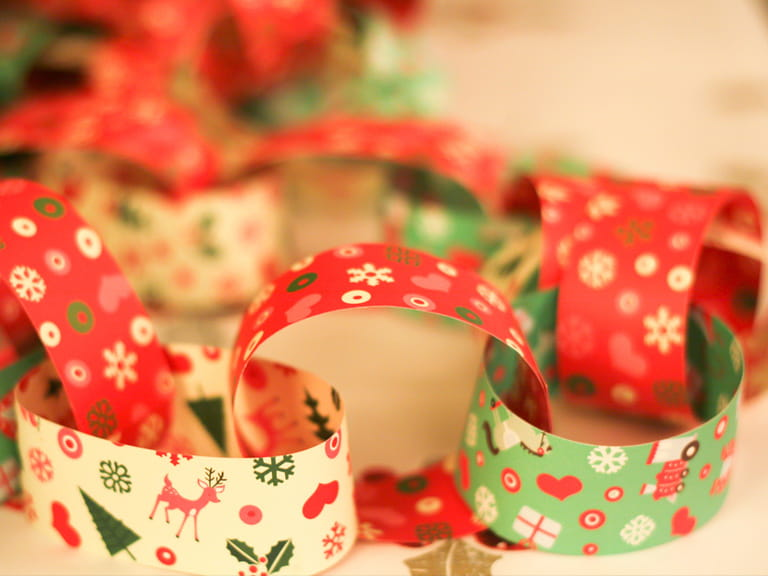 Christmas paperchain