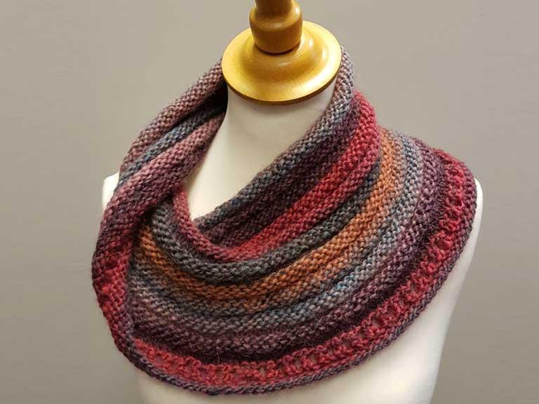 47d69dea9d07e A knitting-needle revolution - Saga