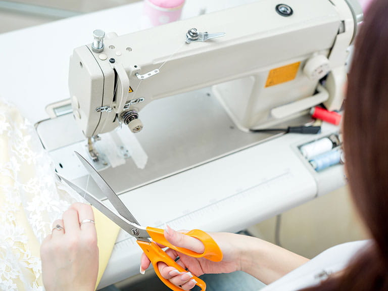 How To Choose The Best Sewing Machine Saga Enchanting How To Choose A Sewing Machine