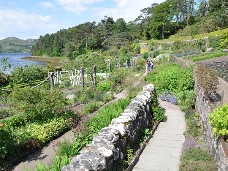 best gardens to visit in scotland