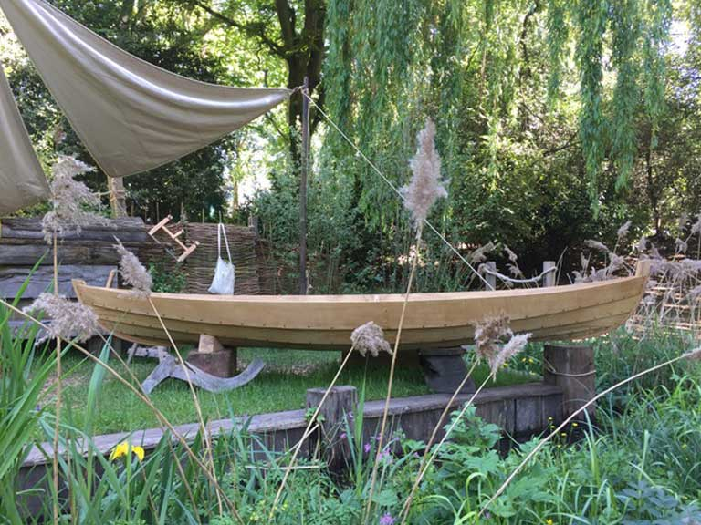 Boatbuilding Training College Lowestoft: Broadland Boatbuilder's Garden