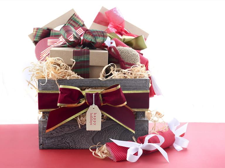 Make Your Own Christmas Hamper Saga