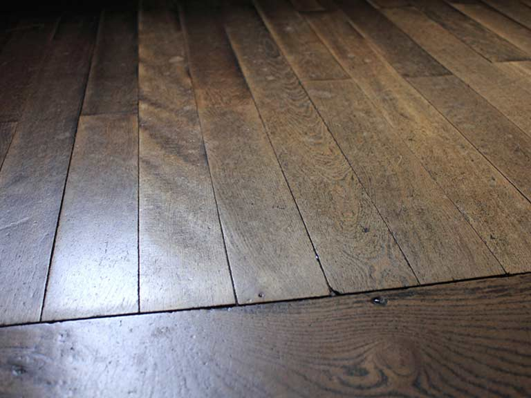 How To Clean Wooden Floors Saga