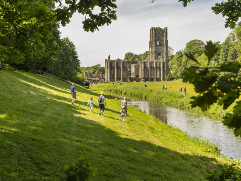 Fountains Abbey © National Trust Images, Chris Lacey