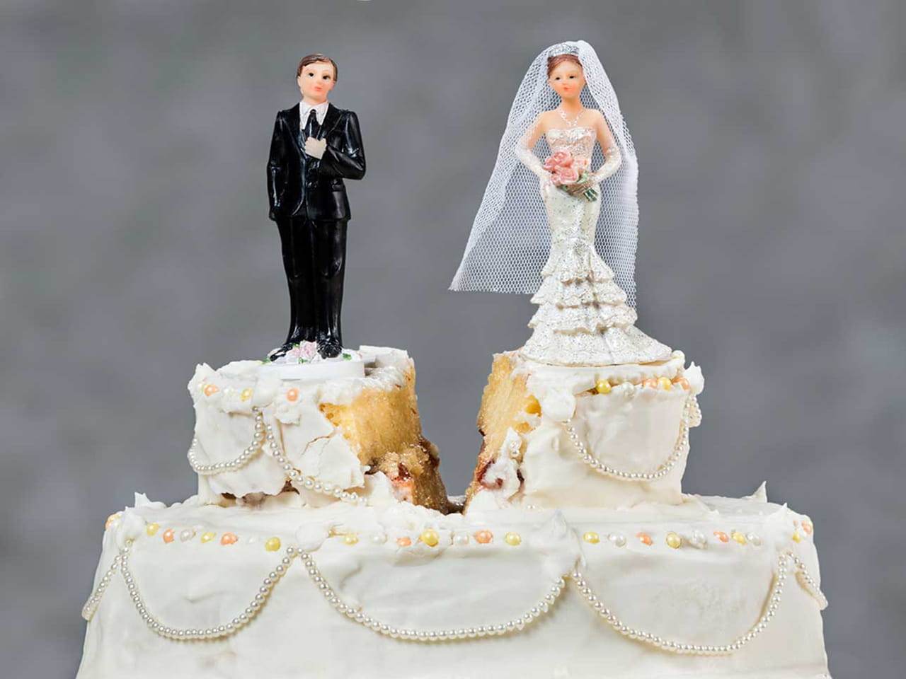 Wedding cake with bride and groom separated