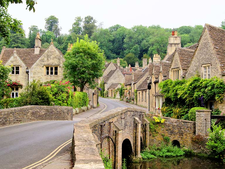 Pretty village in the Cotswolds