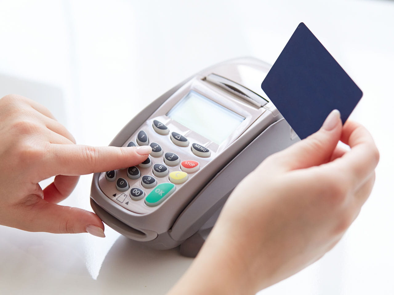 What are contactless payments saga - Shopping cash card paying spending ...