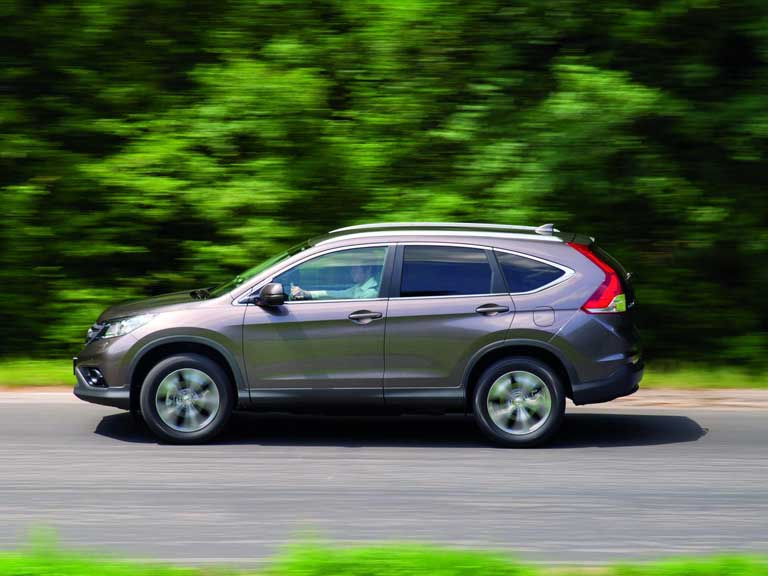 Side view of a Honda CR-V
