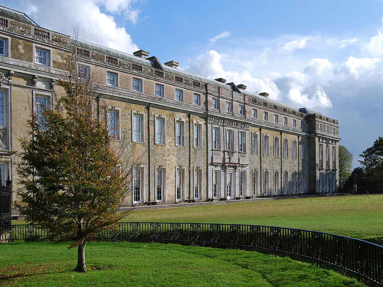 Petworth House, Winchester