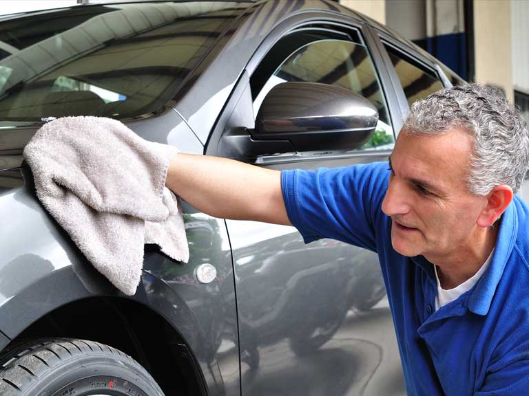 7 Tips To Get Your Car Properly Clean Saga