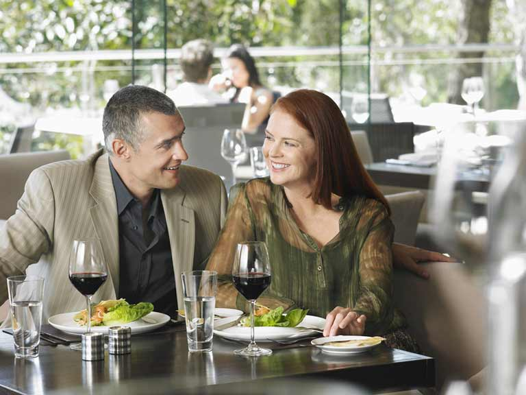 Essential First Date Tips For Men - Eligible Magazine