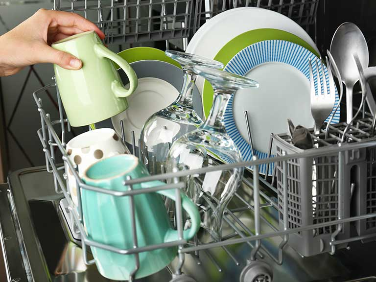 A dishwasher will make your life easier © Africa Studio/Shutterstock